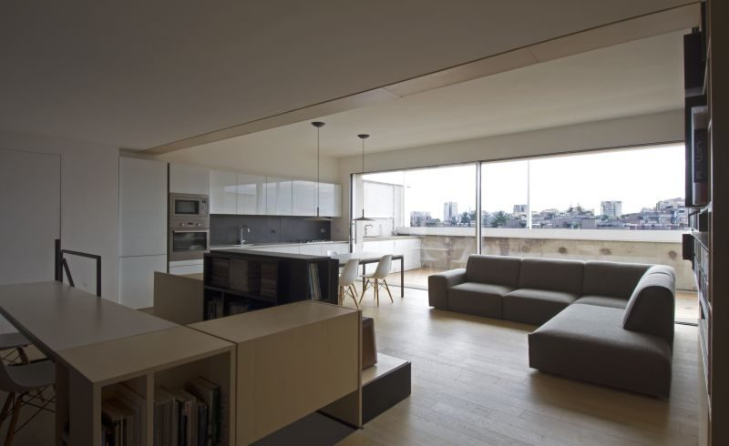 Monolith, the right choice for a modern and bright duplex in the capital