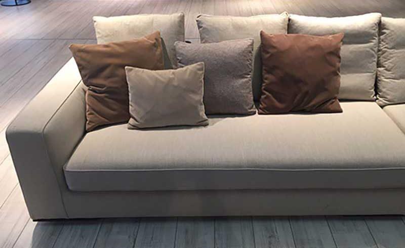 Il divano perfetto veste la casa come un abito